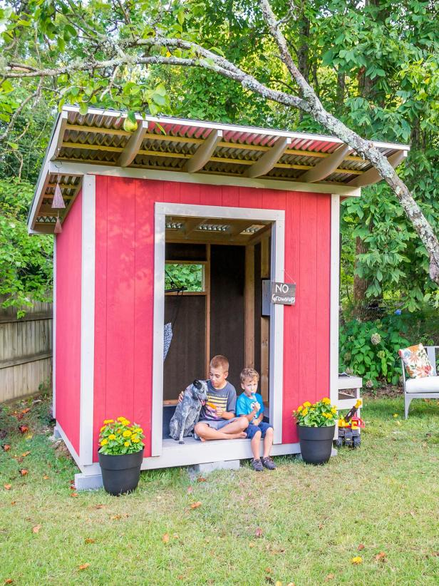 Playhouse Shed is a Great Play for the Kids to Hangout
