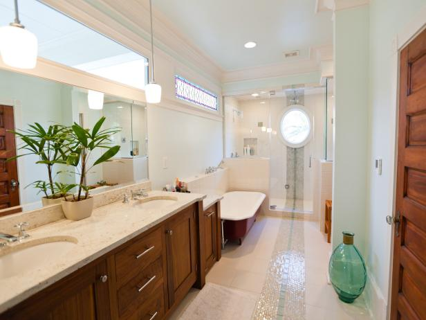 Transitional Spa-like Bathroom with Marble Countertops and Tile Floors
