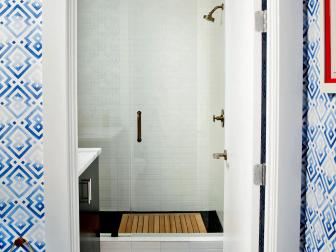 Contemporary Small Bathroom is Chic, Timeless