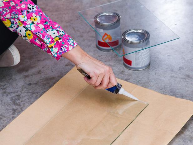 DIY Tabletop Fire Pit: Assemble Glass Box