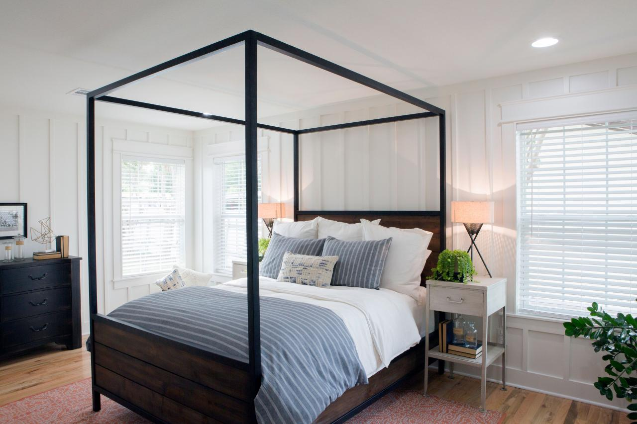 Photos joanna gaines hgtv for Bedroom designs by joanna gaines