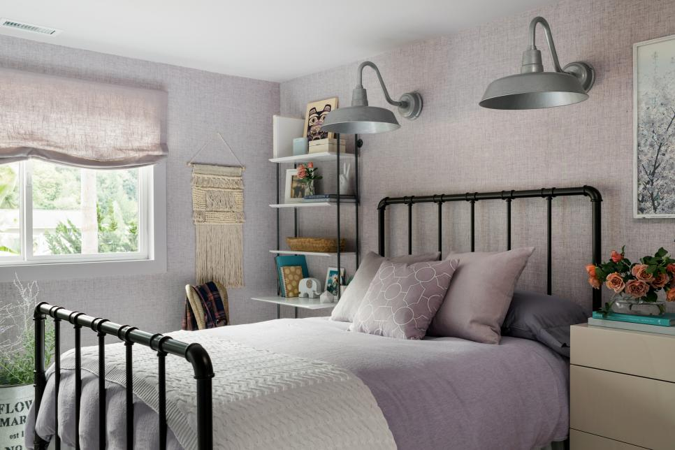 Hgtv dream home 2018 lavender guest bedroom pictures for Bedroom designs 2018