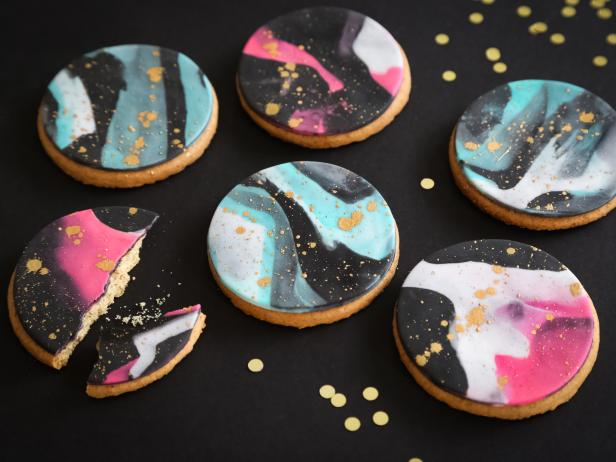Marble and Gold Fondant Cookies