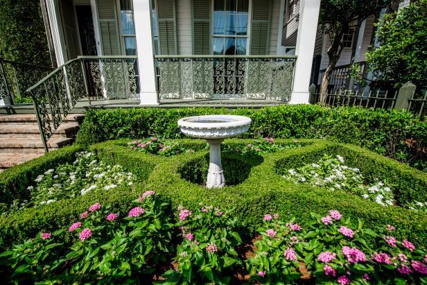 Boxwood Parterre Garden Adds Curb Appeal