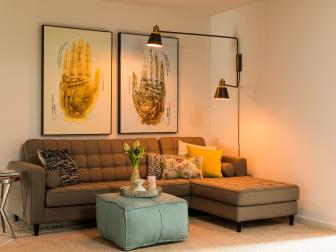 Contemporary Sitting Room With Green Sectional