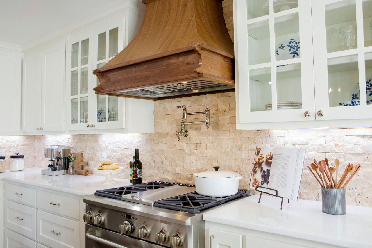 The Ultimate 1-Hour Kitchen Cleanse | HGTV's Decorating ...