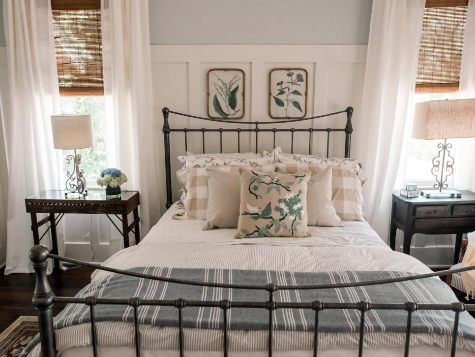 New I have an iron bed in both guest rooms and really would love one in the master but I ull hold off on that for awhile Enjoy some favorites I found while