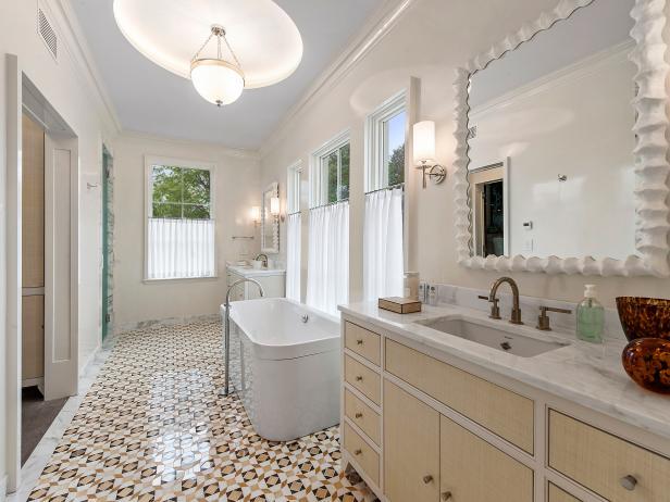 Bathroom With Graphic Floor