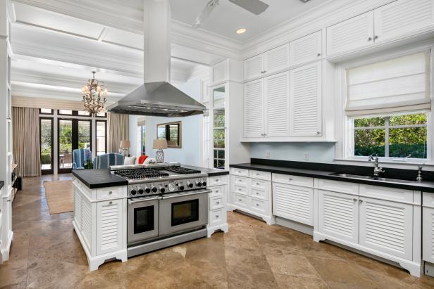Photo page hgtv for Kitchen cabinets vero beach