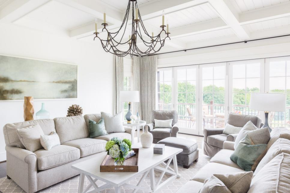 Rooms viewer hgtv for Neutral living rooms gallery