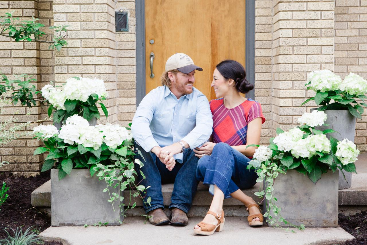 Get Ready For Season Five Of 'Fixer Upper'