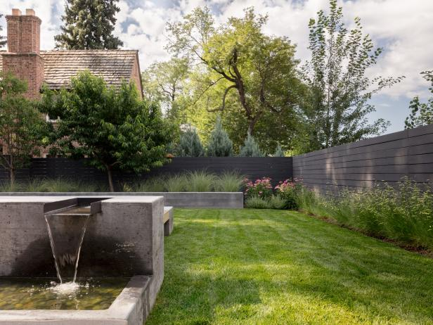 Fence, Fountain Complement Home's Modern Style
