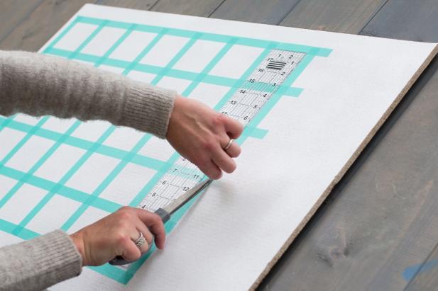 Sticky Note Calendar Diy : How to make a diy sticky note calendar hgtv
