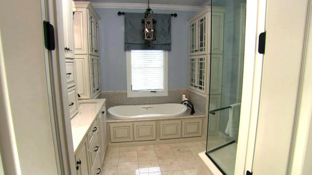 Bathroom remodeling ideas hgtv for Bathroom remodel 85382