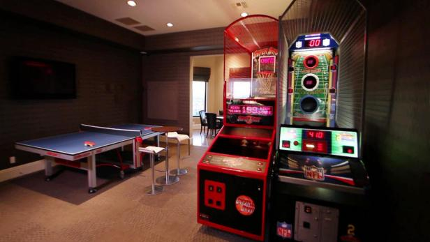 Family friendly game room ideas hgtv Cool gaming room designs