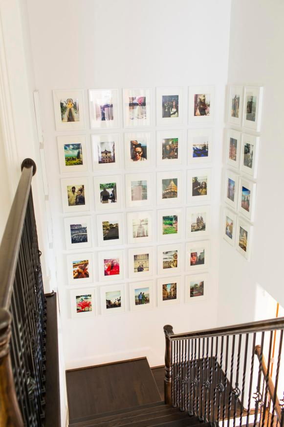 Staircase Gallery: Duane and Devi Brown's Home in Bellaire, Texas
