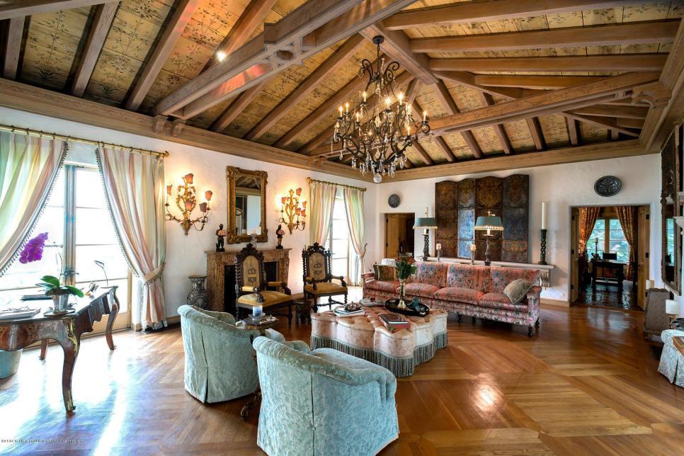 Tour Ivana Trumpu0027s Palm Beach Mansion For Sale