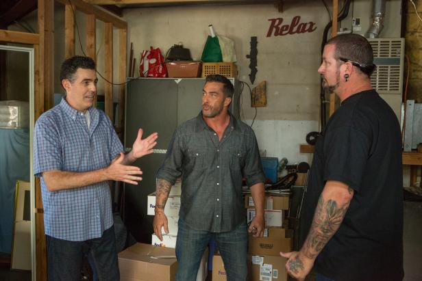 Skip Bedell & Adam Carolla in Catch a Contractor