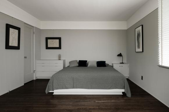 Master Bedroom: Kun House in Los Angeles