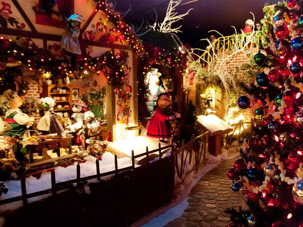 10 christmas crazy towns hgtv - Christmas Town Decorations