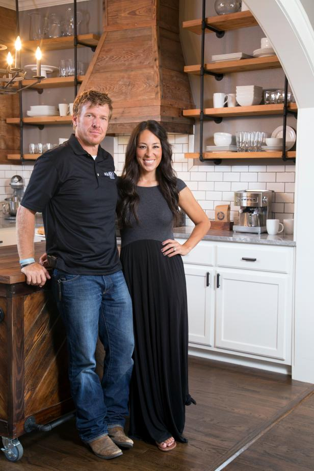 Fixer Upper Hosts Chip and Joanna