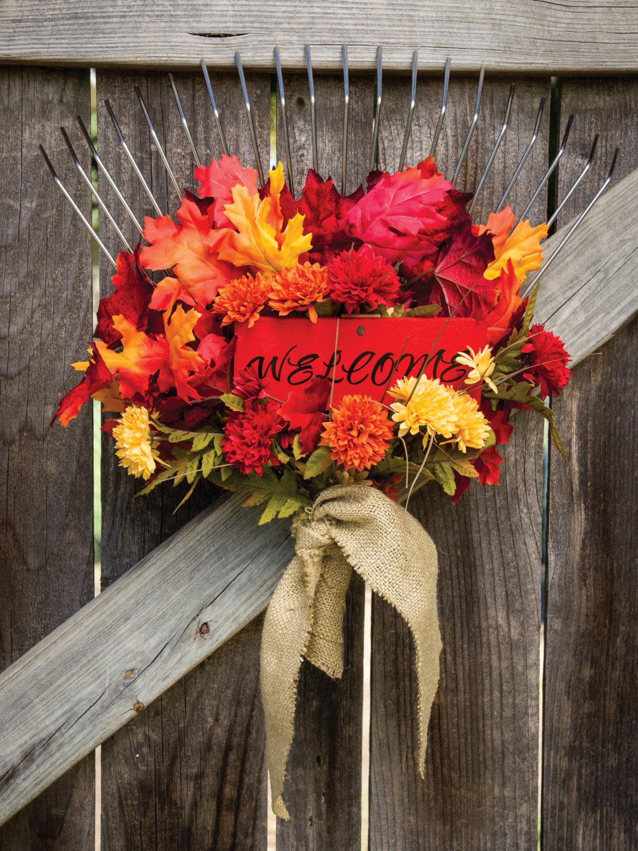 Fun Fall Garden Gate Decor