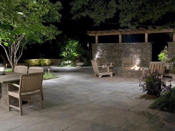 Fire Pit on Patio with Complimentary Wall