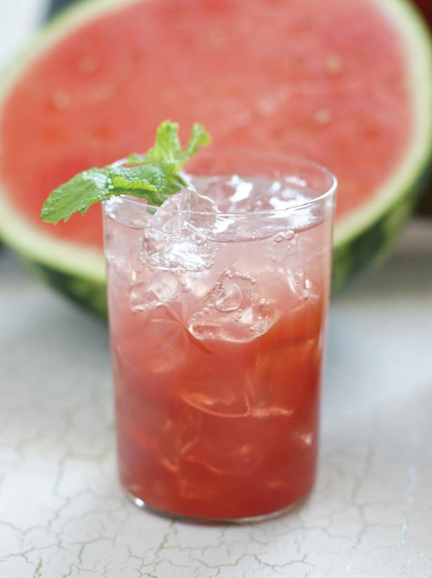 Watermelon Hibiscus Mint Aguas Frescas Combine 5 cups watermelon and simple syrup from 4 hibiscus tea bags, 3 sprigs of mint, 3/4 cup sugar and 1 cup water. Blend until smooth and strain. Add 6 cups water or sparkling water. Serve chilled.