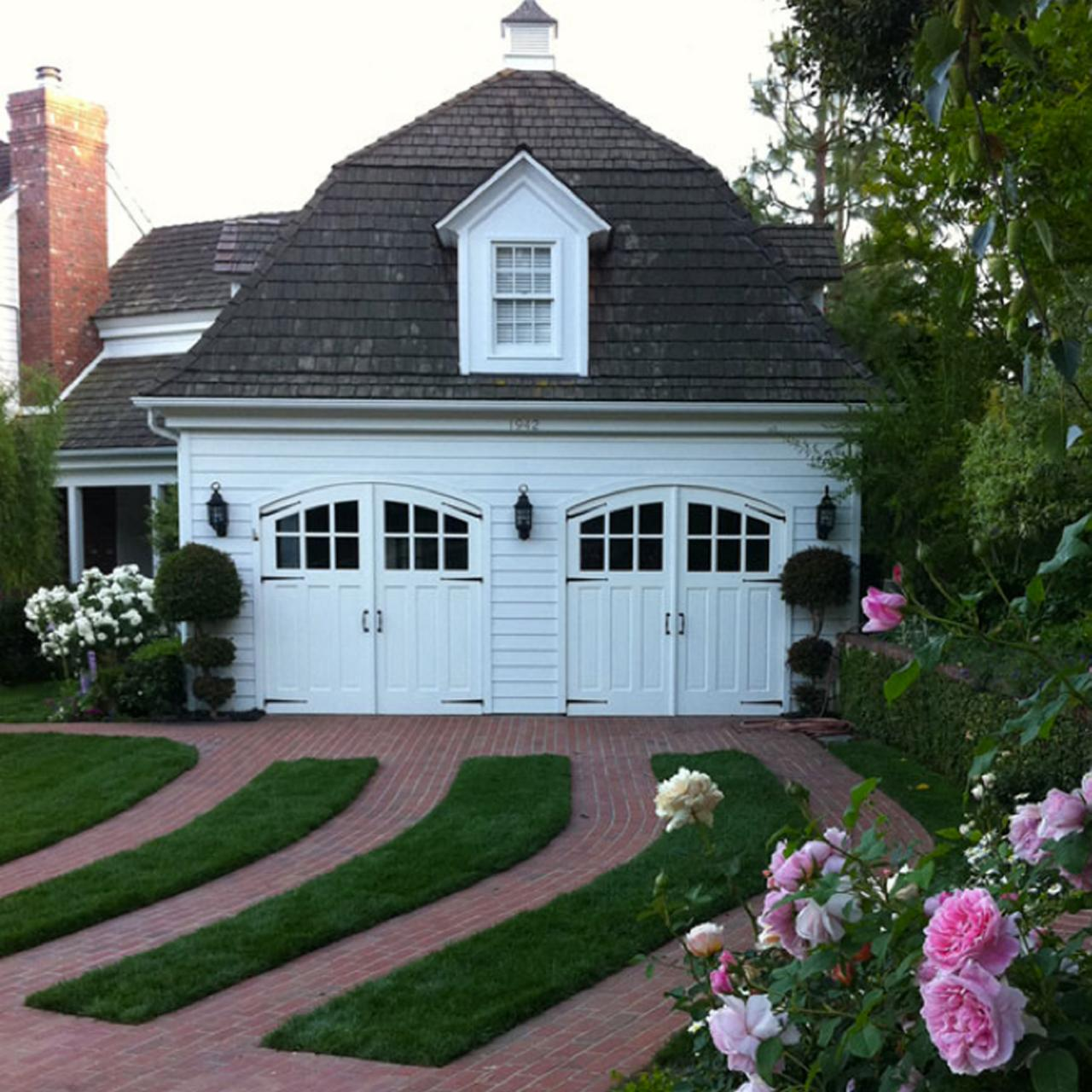Garage Door Landscaping Ideas Hgtv