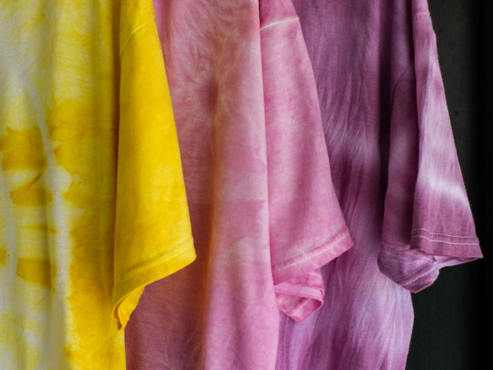 How To Make Natural Dyes With Fruit And Veggies From The Garden Hgtv