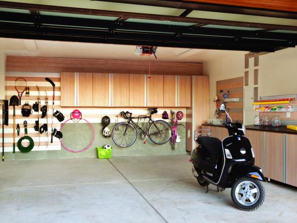 CI-California-Closets_sporty-garage_s4x3