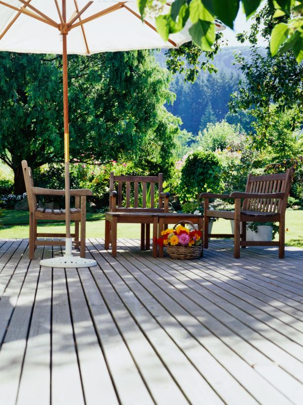 TS-AA015242_deck-and-outdoor-furniture_s3x4