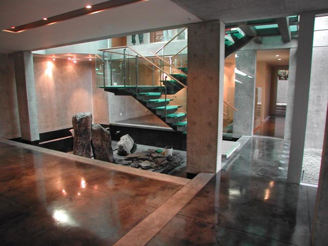 Concretefoyer