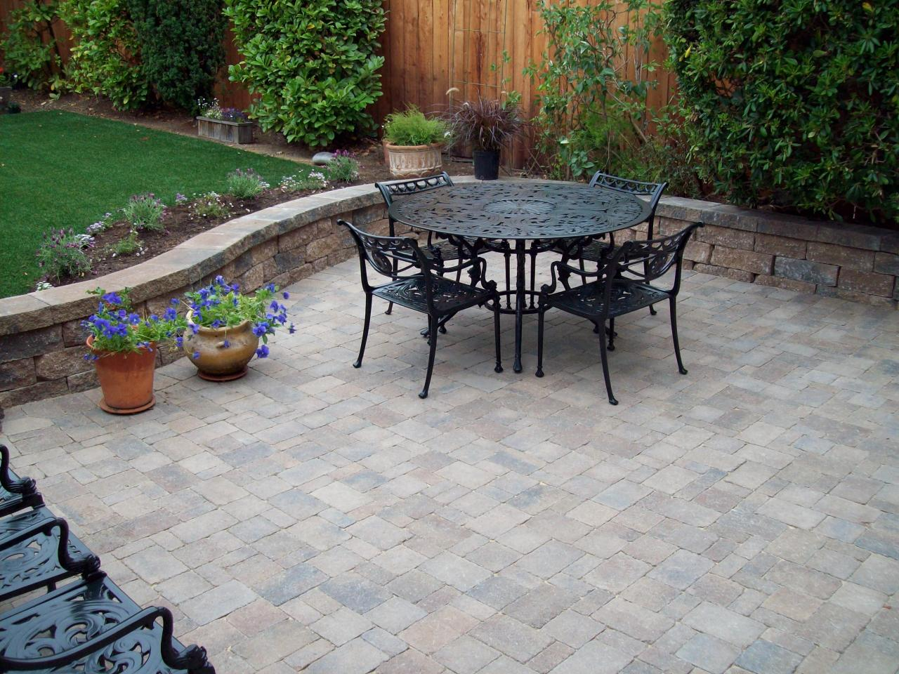 Patio Flooring: Trends In Concrete Patios