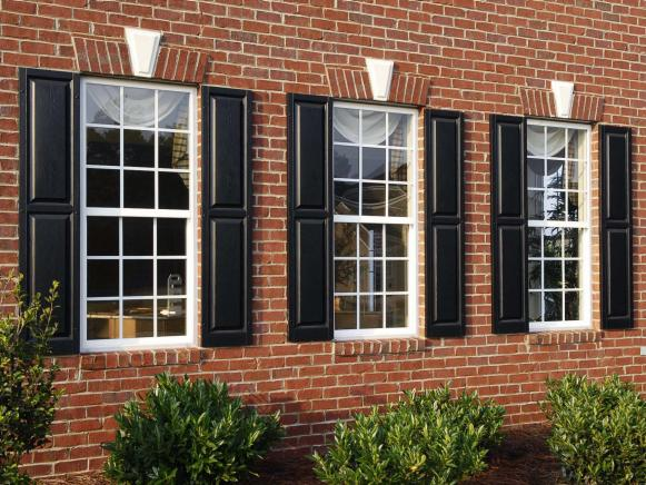 Colonial Windows