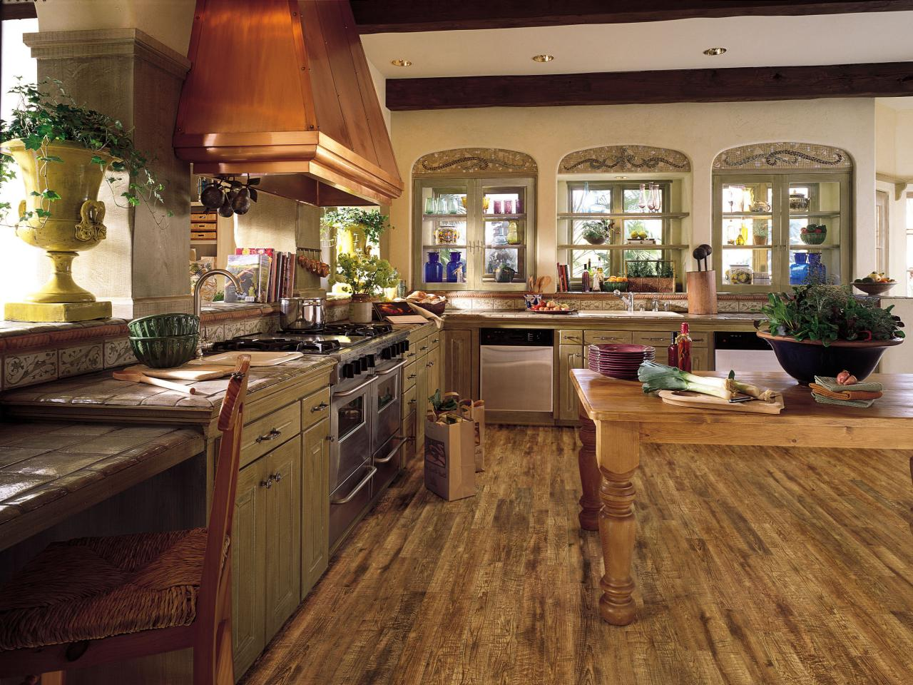 Laminate flooring in the kitchen hgtv for Laminate floor planner