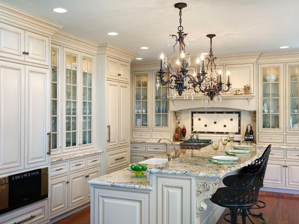 Fine Kitchen Lighting Styles And Trends Hgtv Interior Design Ideas Apansoteloinfo