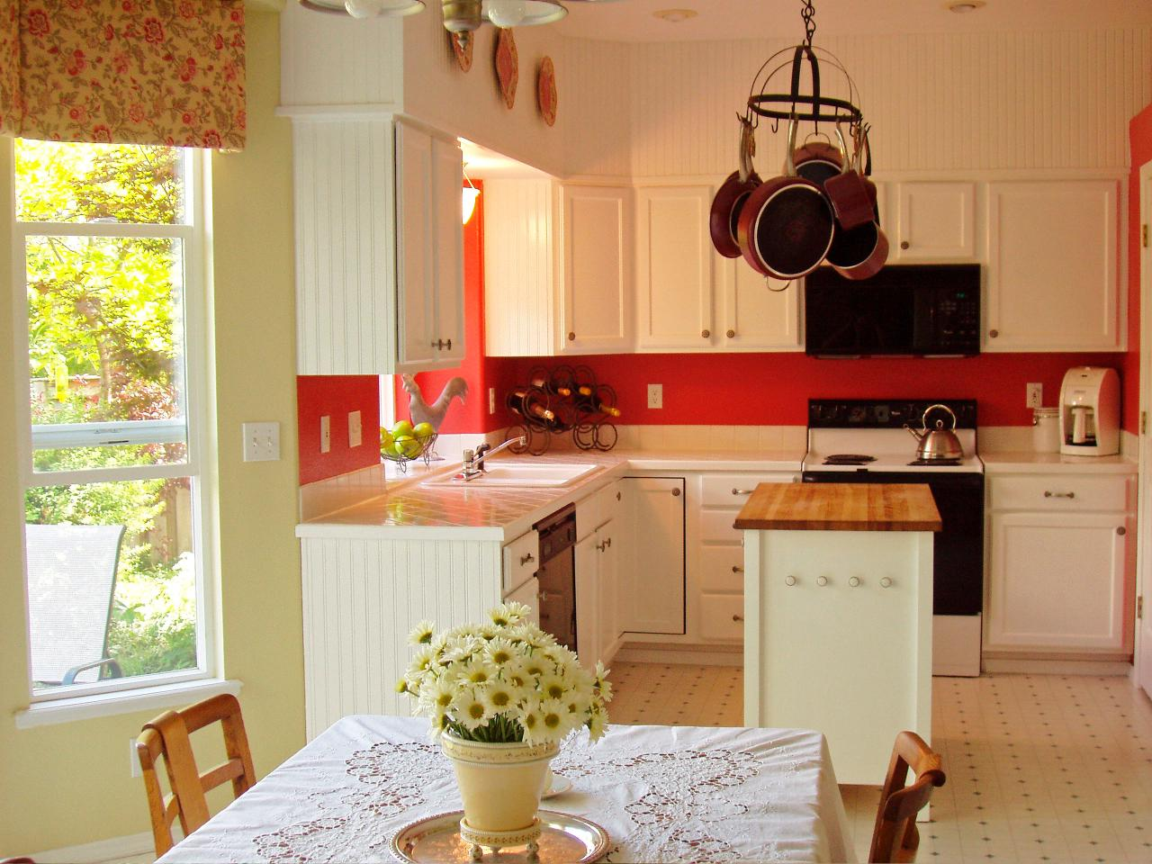 Kitchen color trends pictures ideas expert tips hgtv What color cabinets go with yellow walls