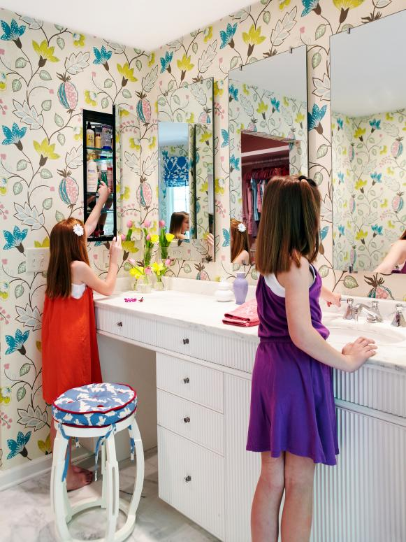 Tween Girls' Bathroom With Graphic Wallpaper