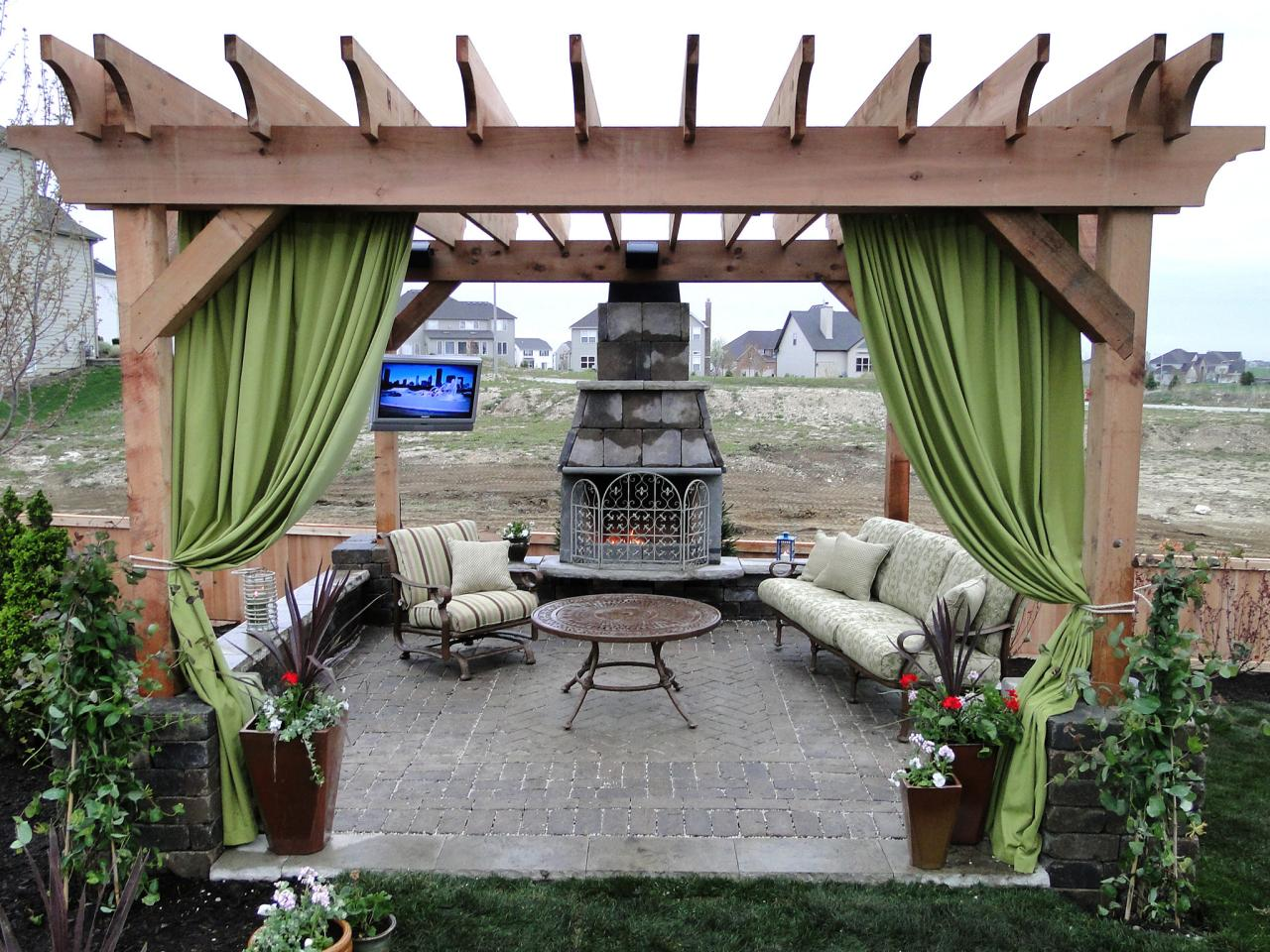 How to Plan a Pergola - How To Plan A Pergola HGTV