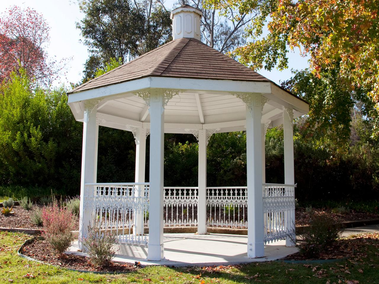 Outdoor gazebo ideas hgtv for Plans for gazebo with fireplace