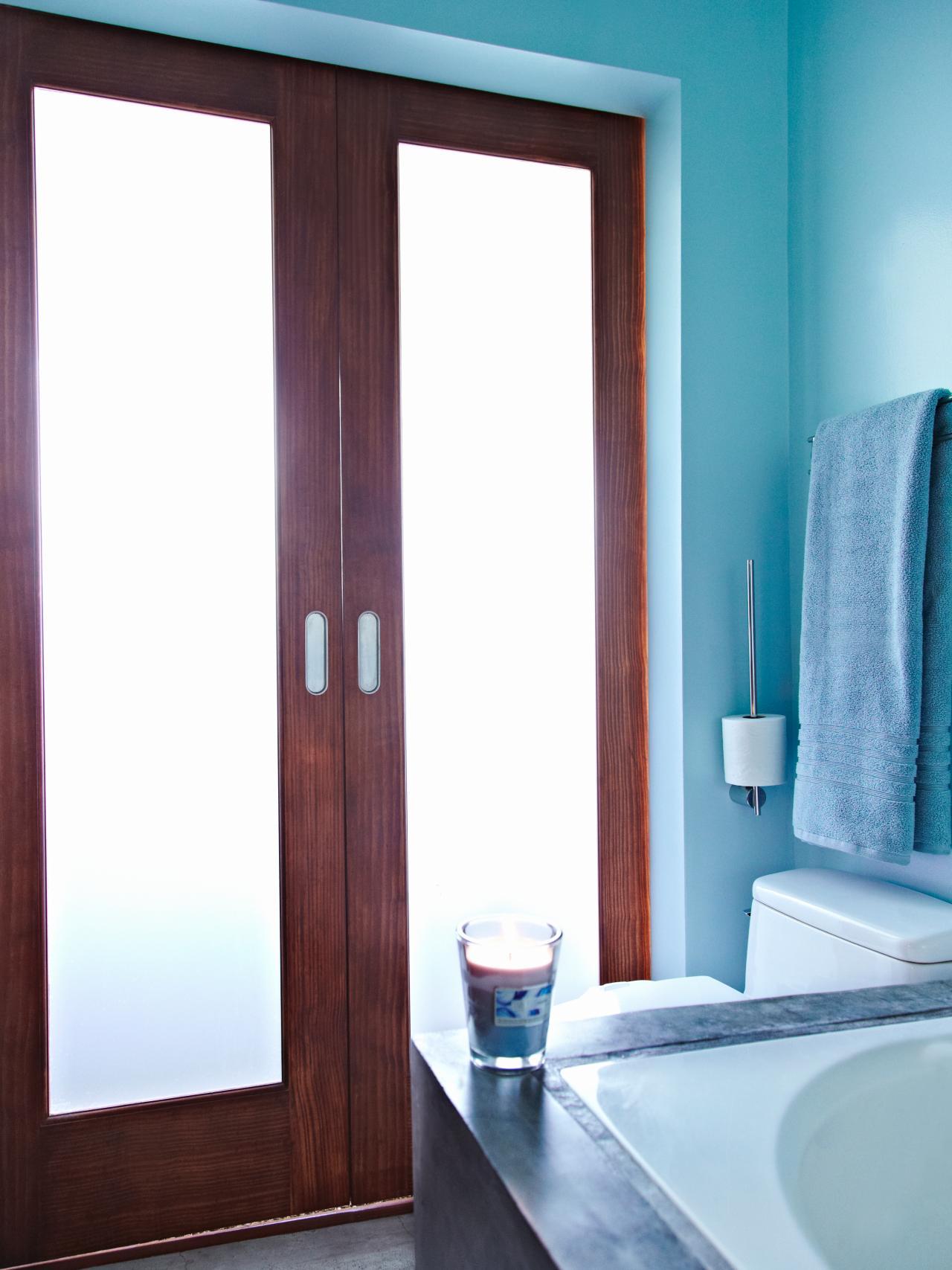 Blue Bath Diffused Light