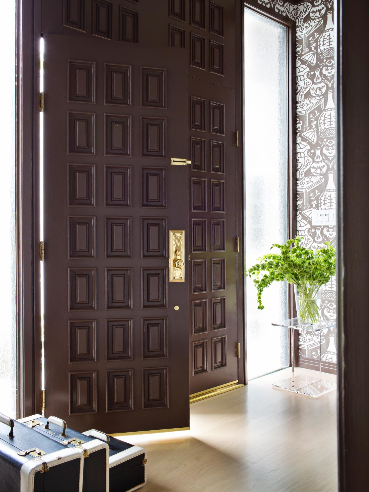 Charmant Chocolate Brown Doors