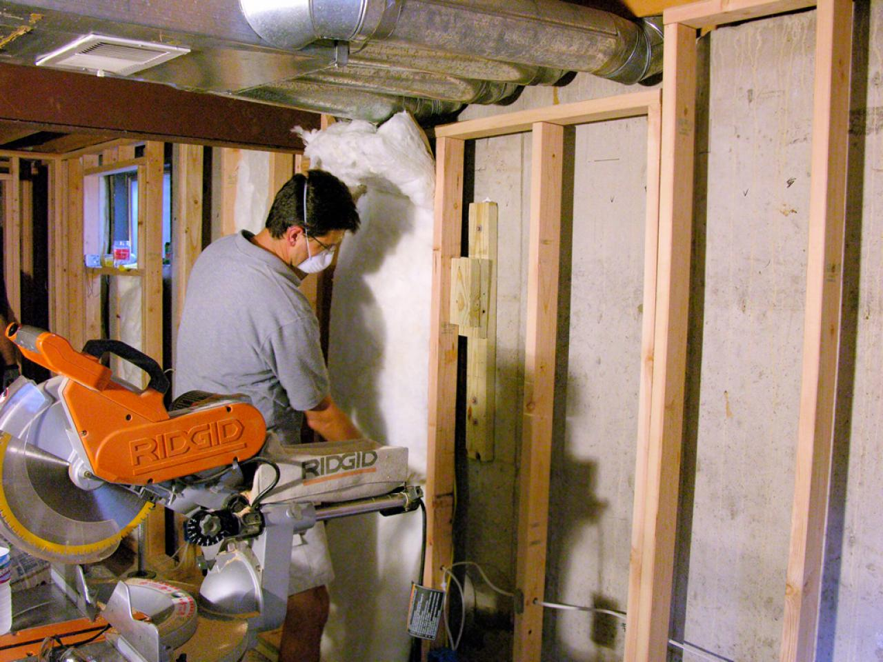 Insulating basement walls hgtv for Types of insulation for basement