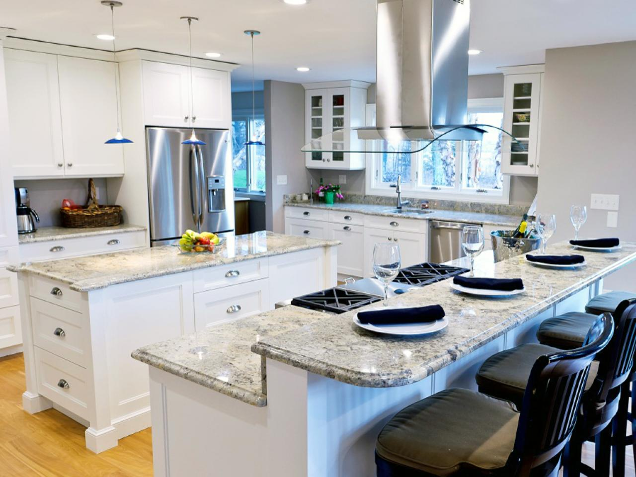 Top kitchen design styles pictures tips ideas and for Open kitchen style