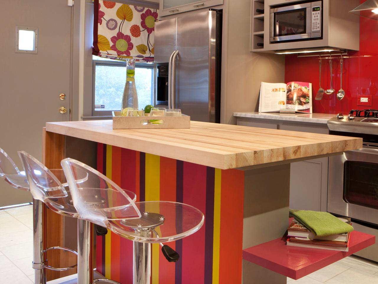 Kitchen island breakfast bar pictures ideas from hgtv for Kitchen color planner