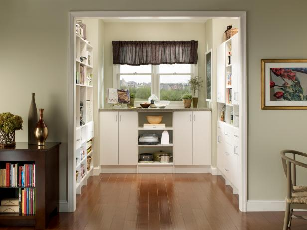 Open Pantry With Window
