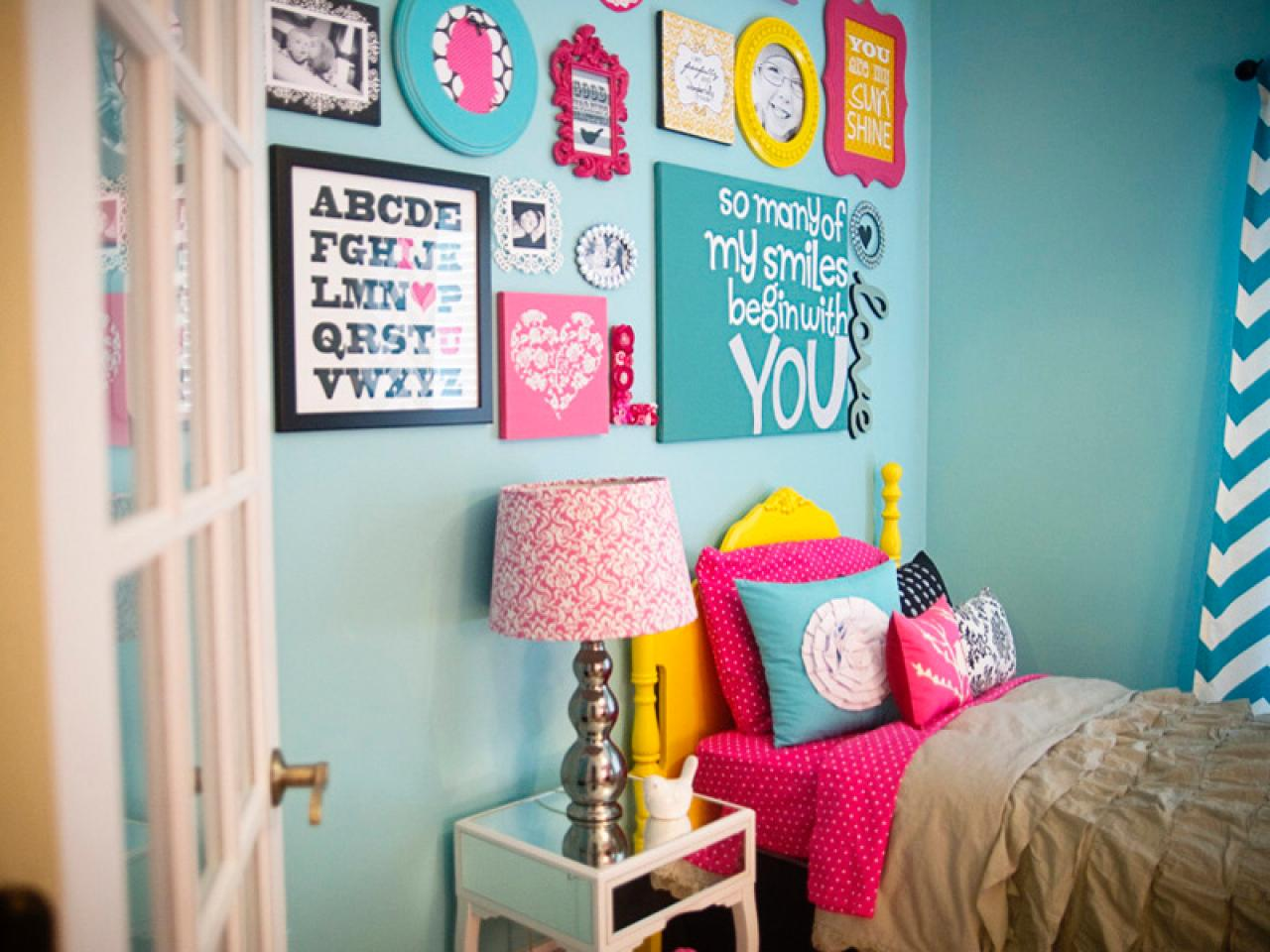 Color schemes for kids 39 rooms hgtv for Looking for a 4 bedroom