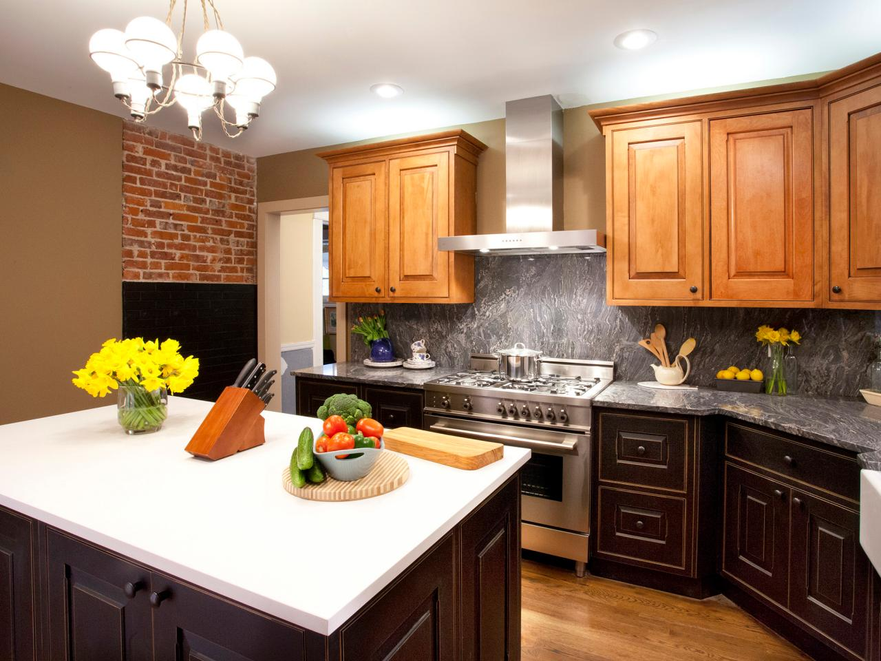 Granite Kitchen Countertops Pictures Amp Ideas From Hgtv Hgtv