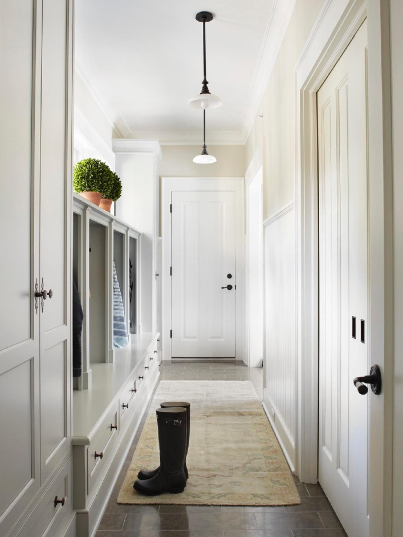 Finding a place for your mudroom hgtv for Great room addition off kitchen